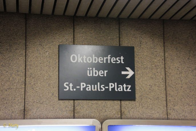 directions from the metro to the Octoberfest